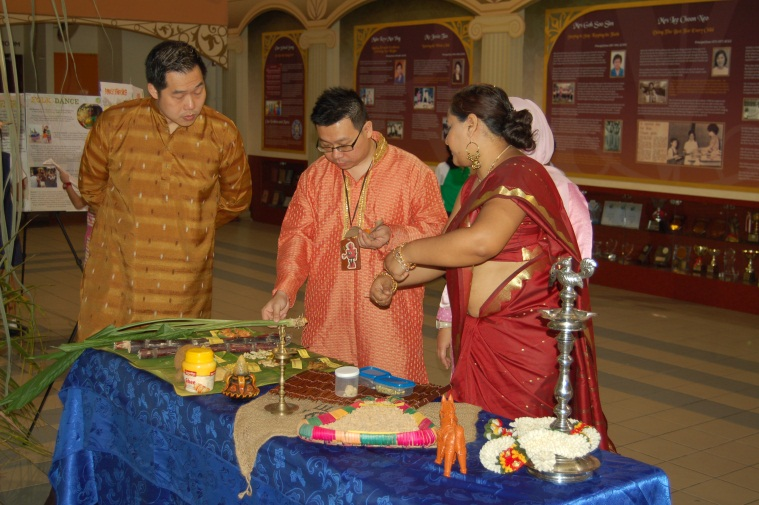Photo of staff - Fringe activities during Deepavali.jpg